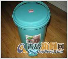 小型家庭卫生桶