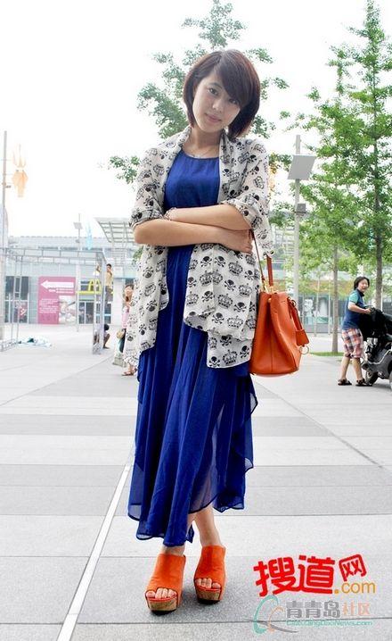 【青岛街拍】7月中旬美女的清凉视角(图)
