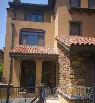 即墨温泉青建橄榄树联排别墅 豪华装修 带院 值得拥有!