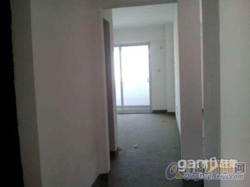 青岛经济圈海阳市蔚蓝海岸,电梯洋房一线海景,可轻松购房