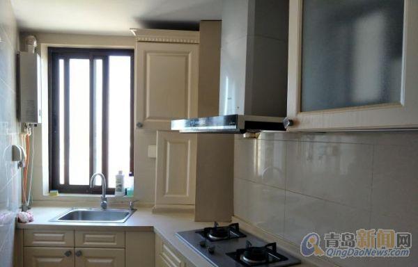 海尔山海湾高层 客厅立式空调 可看海 修 保持干净-整租