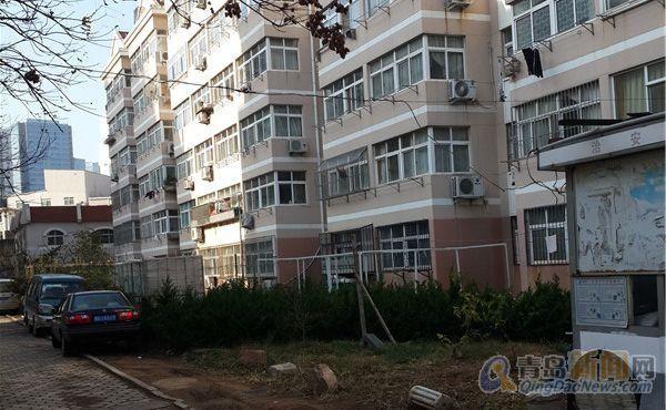 多层二楼 南北通透 修 明厨明卫 房东出售,青岛市南辛家庄市政公寓
