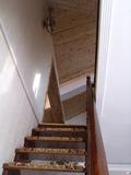 楼梯口 装修方式:轻工辅料 装修造价:5.5万 设计师:范凯 设计说明:本案时尚简约,色彩清新明快,透露出一股田园小清新的时尚感!