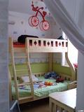 儿童房:子母床,充分利用空间 装修方式:轻工辅料 装修造价:5.5万 设计师:范凯 设计说明:本案时尚简约,色彩清新明快,透露出一股田园小清新的时尚感!