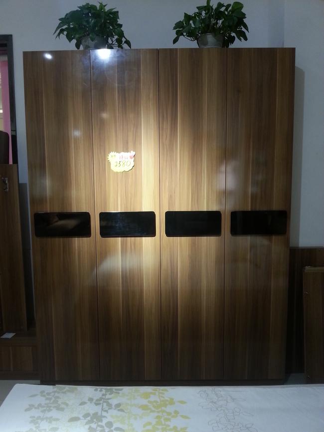 澳玛经典系列四门衣柜