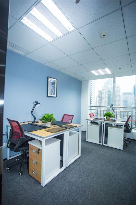 4人办公室 香港中路 包水电 物业