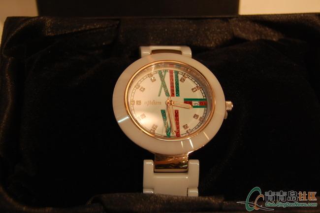 阿吉豆 新款手表779元   阿吉豆 新款眼镜159元   纳纹女装外观一览