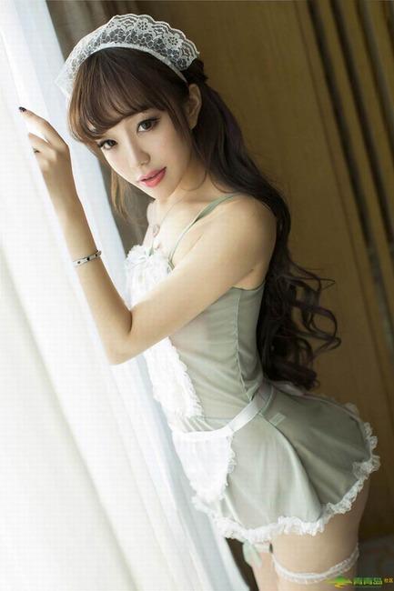 养眼美女韩雨菲写真 内衣制服秀完美曲线