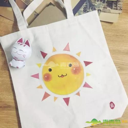 """青岛CBD万达广场9周年潮绘节 手绘帆布包创意""""袋""""回家"""