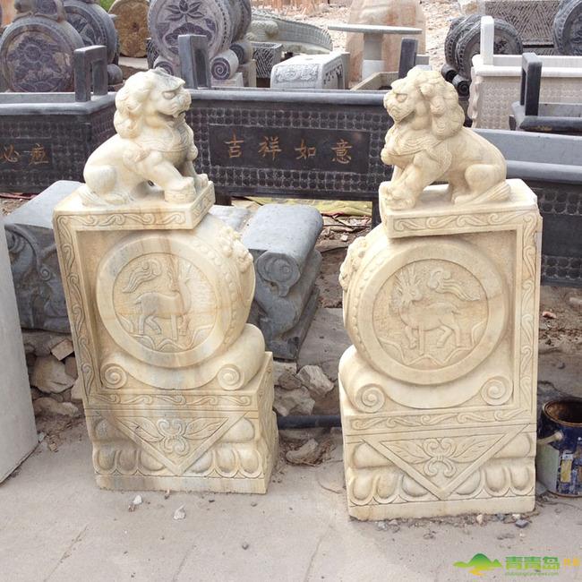 精美的石刻工艺品 石门墩